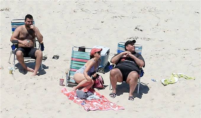 170703-chris-christie_beach-2-1000a-rs_copy_ab9a414889a995a346e697fccbd05aa5.nbcnews-fp-680-400