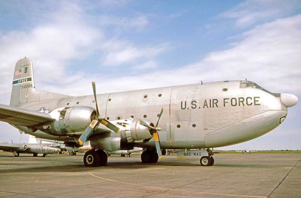 Douglas_C-124C_0-10089_HARL_18.10.75_edited-2